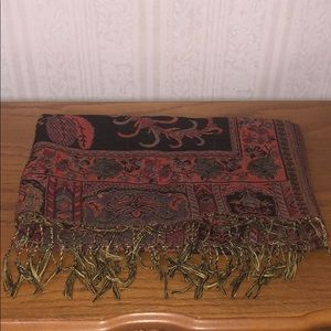 Perfect for Fall🍁🍂 Beautiful Fall Colored Scarf
